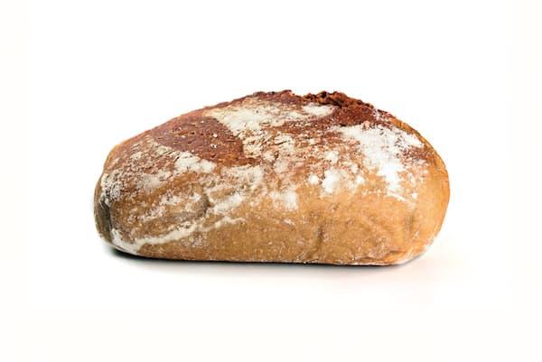 Pain moelleux avec du seigle blanc et germe de blé
