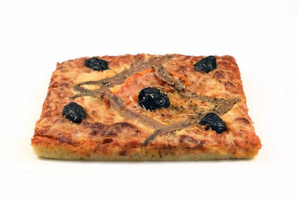 Pizza aux anchois boulangerie Jean Moulin à Caluire
