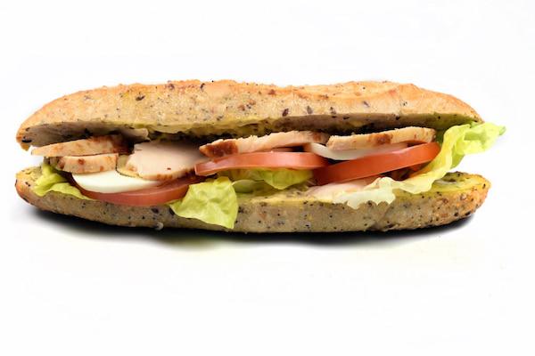 Sandwich poulet et crudités boulangerie Jean Moulin à Caluire